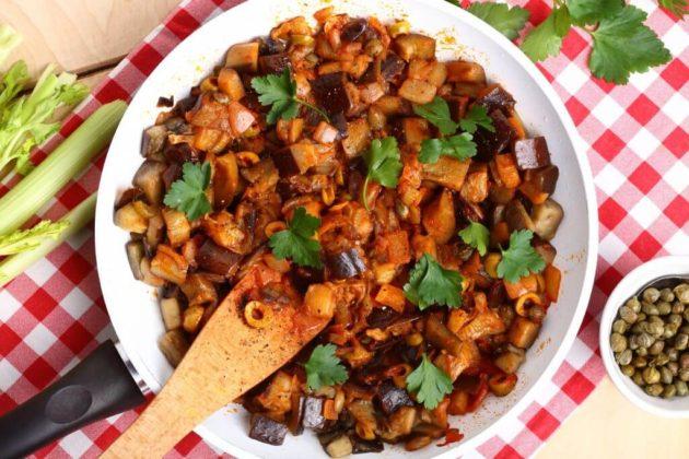 Caponata siciliana z bakłażenem