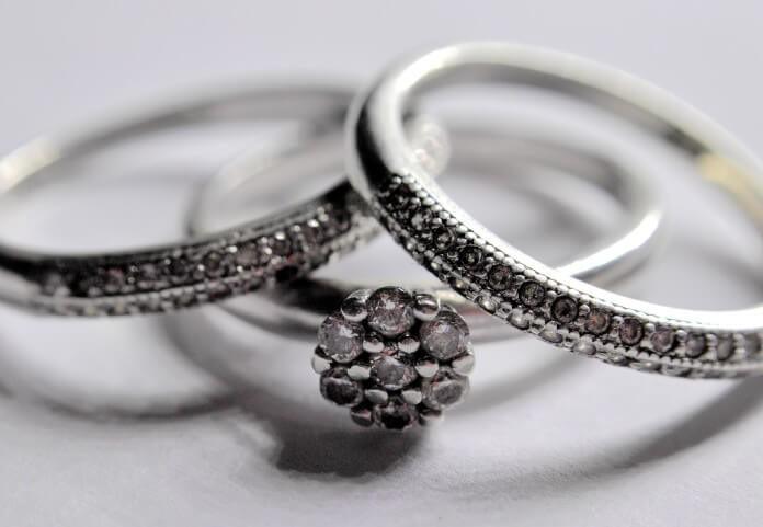 Najlepszy czas od zaręczyn do ślubu