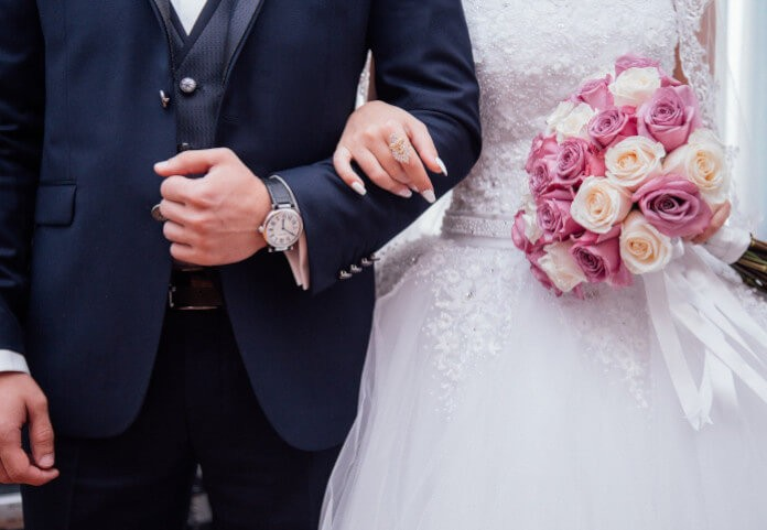 Czy przełożyć ślub i wesele na nowy termin z powodu koronawirusa